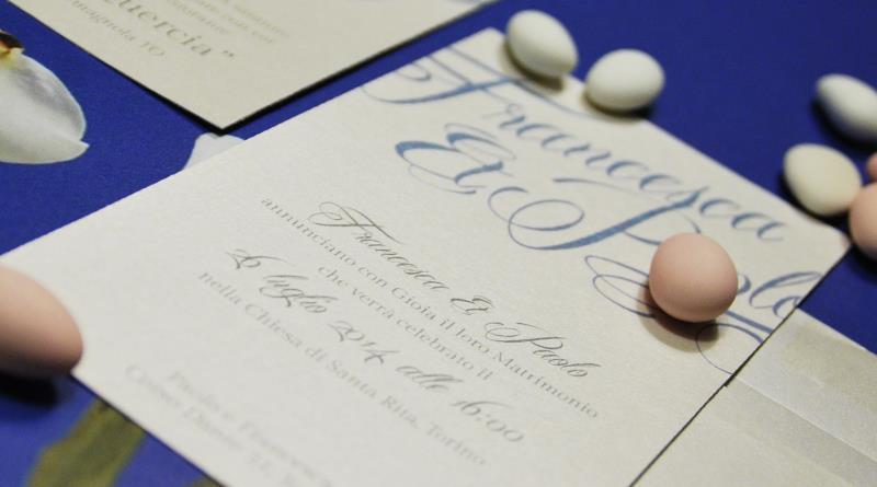 Eccezionale Partecipazione di matrimonio classica e elegante, con nomi degli  KH23