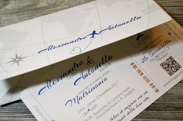 Matrimonio Bohemien Qr Code : Partecipazione a tema viaggio forma di biglietto aereo