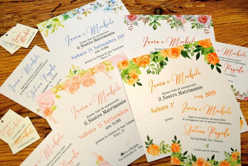Partecipazioni Matrimonio Acquerello.Invito Con Cornice Di Fiori Effetto Acquerello Flower Delight