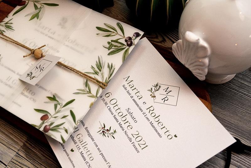 PUGLIA. Partecipazione con rami d'ulivo, copertina in vellum e spago