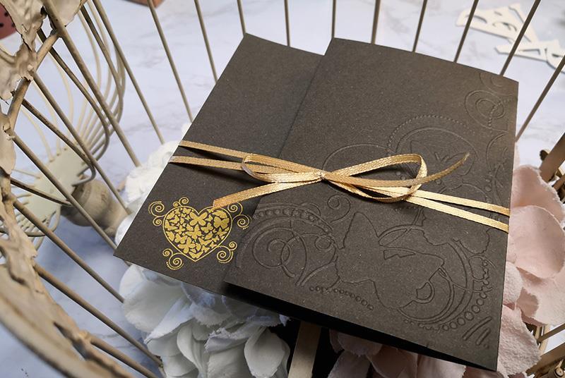 LILAC BUTTERFLY - Invito di nozze bianco e lilla, romantico ed elegante