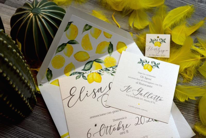 Segnaposto Matrimonio Limoni.Partecipazione Di Matrimonio Gialla Con Limoni Sicilia Sposinstyle