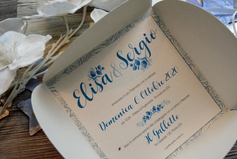 Partecipazioni Matrimonio Azzurro : Partecipazione con astuccio romantica sui toni dell azzurro