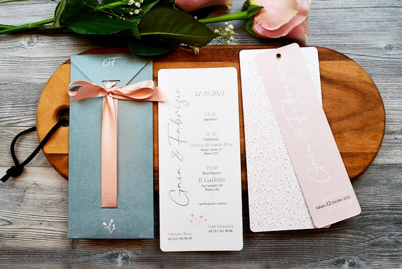 GYPSOPHILA. Partecipazione Elegante, con astuccio grigio e nastro rosa cipria